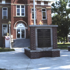 Poweshiek County Courthouse (Montezuma) / morning after dedication